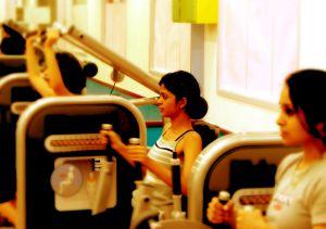 Priberanie svalovej masy alebo svalov?