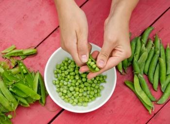 hrasok-hrach-zelenina-jedlo.jpg
